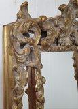 Franse hal spiegel smal met kuif detail foto