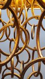 hanglamp kroonluchter met metaal gouden ringen in een ecru kap Labyrinthe (2)