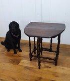 antieke hangoor tafel eiken met hond
