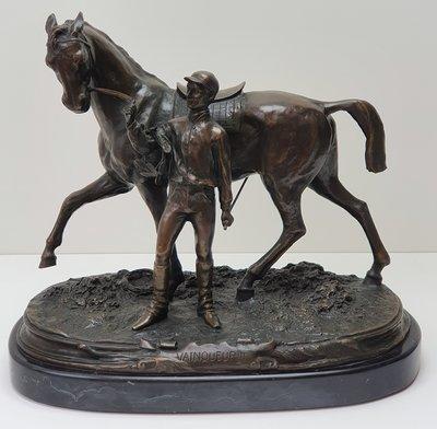 Brons beeld paard met ruiter