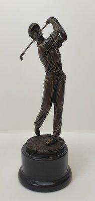 Bronzen golfspeler