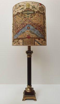Lamp London Tafellamp incl. een exclusieve lampenkap van de map London