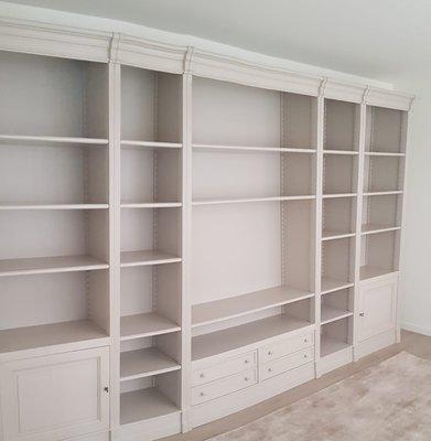 Maatwerk boekenkasten met tv inbouw