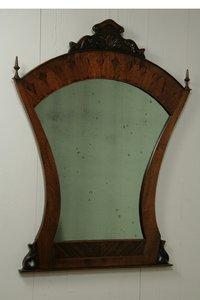 Klassieke notenhouten spiegel