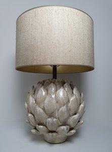 Artichoke keramiek tafellamp groot model met linnenlook lampenkap zandkleur en goud van binnen